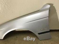 Bmw M5 E39 Oem Oem Avant Côté Conducteur Extérieur Fender Panneau Argent